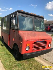 Remodeled Grumman Olson Step Van Food Truck / Mobile Kitchen for Sale in Indiana!