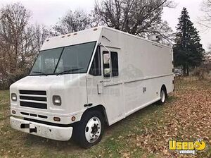 International Mobile Kitchen Food Truck for Sale in Indiana!!!
