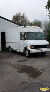 Fully-Operational Chevy P30 Step Van Food Truck/Mobile Food Unit for Sale in Indiana! - Works Great!