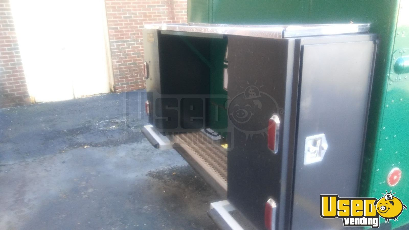 All-purpose Food Truck Insulated Walls Illinois Diesel Engine for Sale - 4