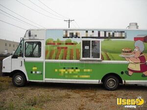 Workhorse Food Truck for Sale in Iowa!!!