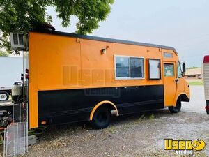 Ready to Serve Used GMC P3500 Step Van All-Purpose Food Truck for Sale in Iowa!