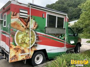 2005 Ford Mobile Kitchen / Ready to Serve Food Truck for Sale in Kentucky!!