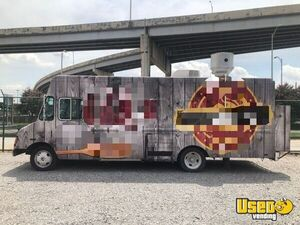 Loaded Chevrolet Diesel P30 Step Van Food Truck / Used Mobile Kitchen For Sale in Louisiana!