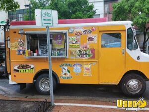 Used Loaded Chevy P30 Food Truck in Sparkling Condition for Sale in Maryland!