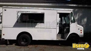 Ready to Use Chevrolet Step Van Food Truck / Used Mobile Kitchen for Sale in Massachusetts!