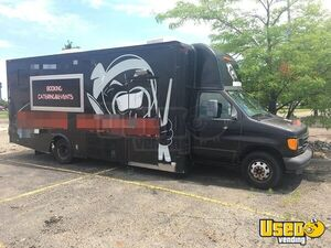 2003 Ford E450 Food Truck For Sale in Michigan!!!