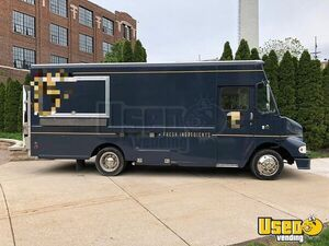 2003 Diesel Freightliner M-Line Walk-In V Food Truck w/ a 2018 Kitchen for Sale in Michigan!