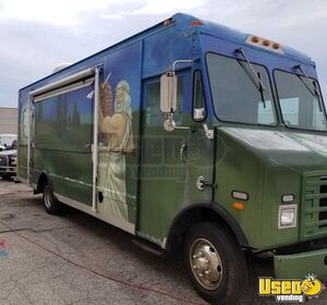 30' International Mack Step Van Food Truck w/ Newly Refurbished Diesel Engine for Sale in Missouri!