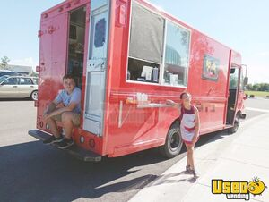 Used Food Truck / Multi-Functional Kitchen on Wheels in Terrific Working Order for Sale in Montana!