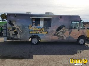 2001 Freightliner Rolling Kitchen Food Truck for Sale in Nevada!!!