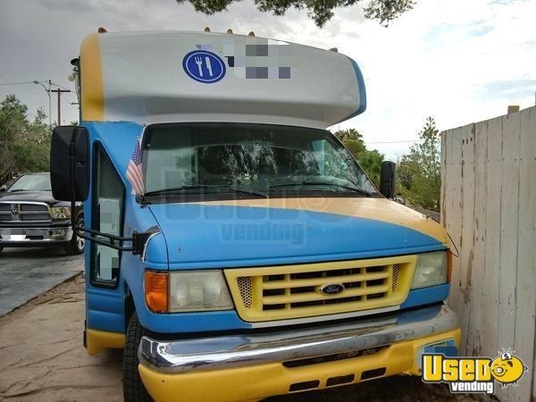 Used Ford E450 Super Duty Food Truck / Kitchen on Wheels in Good Working Order for Sale in Nevada!