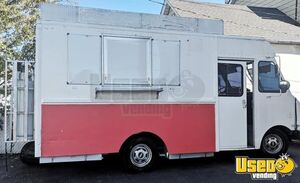 Well-Equipped Chevrolet P30 20' Stepvan All-Purpose Food Truck for Sale in New Jersey!