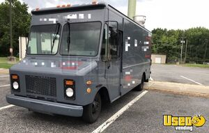 23' Chevy Mobile Kitchen Food Truck for Sale in New Jersey!!!