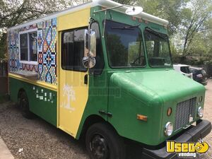 Low Mileage 2004 Freightliner MT45 Mobile Kitchen Food Truck for Sale in New Mexico!!!