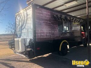 Used Step Van Mobile Kitchen / Ready for Service Food Truck for Sale in New Mexico!!