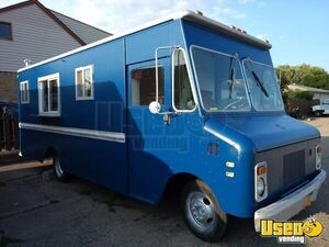 Chevy Food Truck Mobile Kitchen for Sale in New York!!!