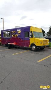 2003 Workhorse P42 28' Stepvan Kitchen Food Truck with Pro Fire Suppression for Sale in New York!