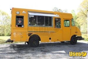 Freightliner MT55, Food Truck for Sale in North Carolina- Low Miles!!!
