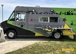 Freightliner Food Truck for Sale in Ohio!!!