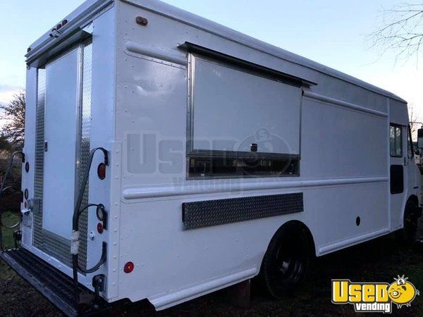 Chevrolet Stepvan Kitchen Food Truck with Cummins Diesel Engine for Sale in Oregon!