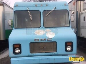 1986 GMC Food Truck Mobile Kitchen For Sale in Pennsylvania!!!