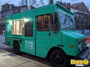 2002 13' Workhorse P42 Mobile Kitchen / Diesel Food Truck for Sale in Pennsylvania!
