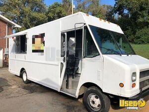 Turnkey GMC Food Truck Mobile Kitchen for Sale in Tennessee- 2017 Kitchen Build Out, Low Miles!!!