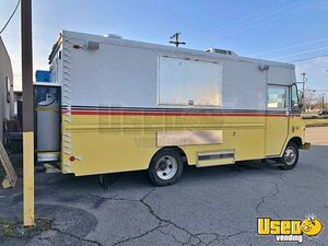 Fully Loaded Chevrolet Grumman Step Van Mobile Kitchen Food Truck for Sale in Tennessee!