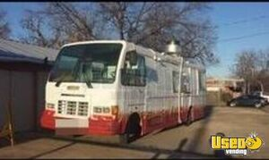 Oshkosh Mobile Kitchen Food Truck for Sale in Texas!!!