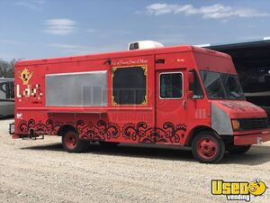 2001 GMC Workhorse Used Food Truck Mobile Kitchen for Sale in Texas!!!