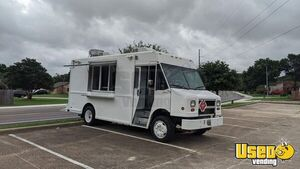 MT45 Freightliner Diesel Food Truck with 2018 Commercial Kitchen Build-Out for Sale in Texas!