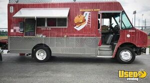 2001 Freightliner MT45 20' Stepvan Kitchen Food Truck/Mobile Kitchen for Sale in Texas!
