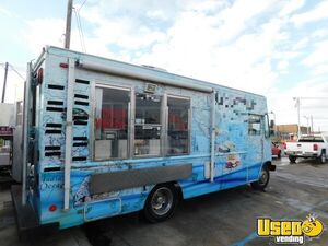 2006 Ford E350 24' Step Van Kitchen Food Truck with Pro Fire Suppression System for Sale in Texas!