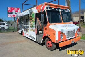 2004 Workhorse P4500 24' Stepvan Catering Truck and Kitchen Food Truck for Sale in Texas!