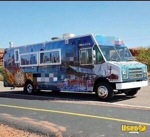 2009 Workhorse W42 Mobile Kitchen Food Truck for Sale in Utah!!!