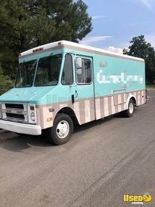 Chevy P30 Used Food Truck Mobile Kitchen for Sale in Utah!!!