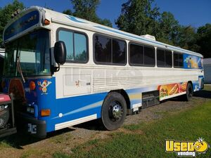 2002 42' Bluebird Bus Kitchen Food Truck / Bustaurant with Restroom for Sale in Virginia!!