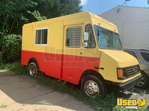 2004 Workhorse Food Truck with a New Unused 2020 Kitchen Build-Out for Sale in Virginia!