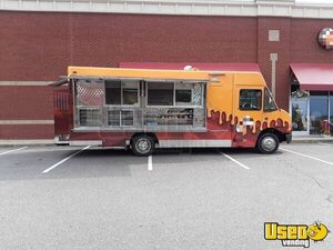 2005 Freightliner Diesel Food Truck with 2013 Kitchen for Sale in Virginia!!!