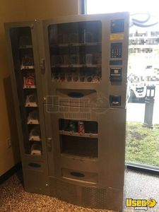 2009 Office Deli Combo Vending Machine for Sale in New Jersey!