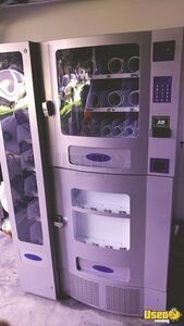 2009 Planet Antares Office Deli Electronic Snack & Soda Combo Vending Machine for Sale in Texas!