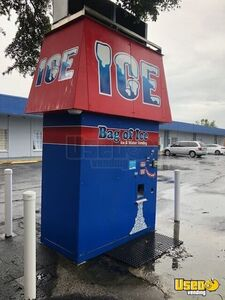 Bag of Ice Free Standing Bagged / Bulk Ice Vending Machine for Sale in Florida!