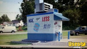 Used Bagged Ice Kiosk Bulk Ice Vending Machine for Sale in Kentucky!!!