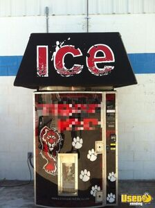 Ice House of America MiniXL Bagged Ice Vending Machine for Sale in Missouri!