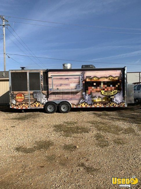 2019 8.5' x 25' Southern Design Group BBQ Concession Trailer w/ Screened Porch for Sale in Oklahoma!