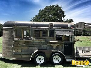 Eye-Catching Barbecue Concession Trailer | Used BBQ Trailer in Good Condition for Sale in Texas!