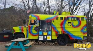 GMC Bus Barbecue Kitchen Food Truck / Fully Functional Bustaurant for Sale in Arkansas!