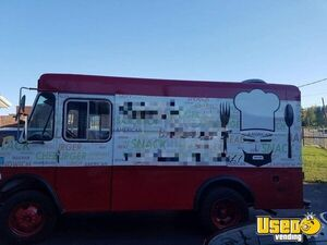 GMC P3500 Used Mobile Kitchen Food Truck for Sale in Illinois!!!