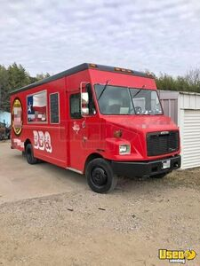 2000 Diesel Freightliner Box Truck Barbeque Food Truck/Used Mobile Barbecue Unit for Sale in Texas!